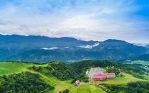 大自然に囲まれた高原リゾートホテル