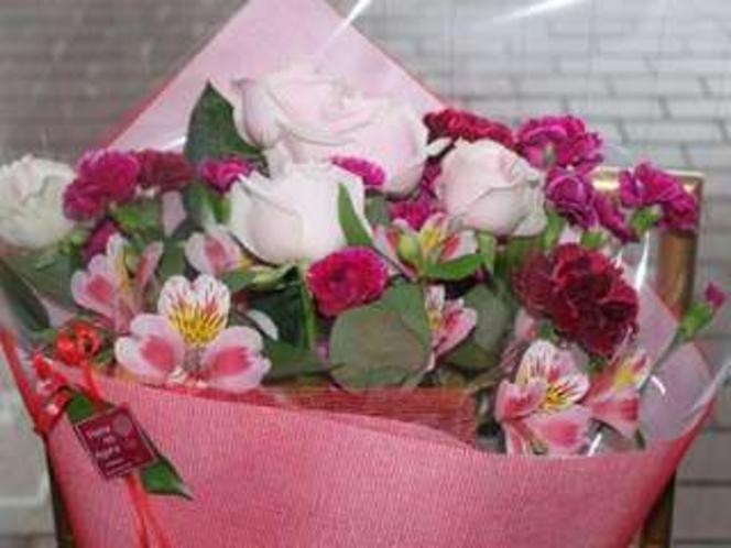 記念日オプション★お花のご用意も承ります。(有料・要事前ホテル予約)