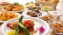 【朝食】約30品の和・洋バイキング 定番の卵料理やソーセージ、日替わりの洋食メニューも