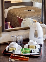お部屋にてコーヒー・緑茶をご準備♪