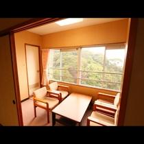 緑の山と伊勢志摩の海が一望できます!