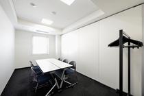 会議室 少人数も可能 面接などでもご利用いただけます
