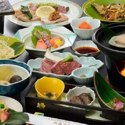 ご夕食(例) 山のめぐみの王様【米沢牛】と海のめぐみの王様「鮑」をお楽しみください。