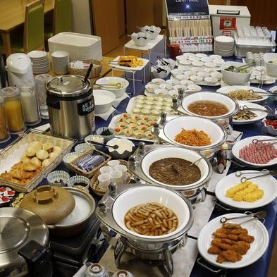 森のコテージ【和・洋朝食バイキング】<朝食付>