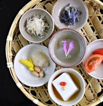 ぬちぐすい定食《日本料理・琉球料理 佐和/朝食》