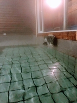 源泉かけ流し温泉☆   ナトリウム・カルシウムー塩化物温泉