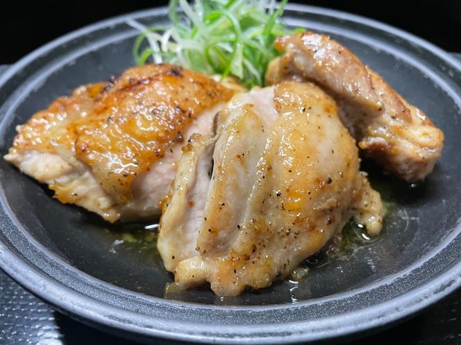 山形さくらんぼ鶏のひとくちステーキ陶板
