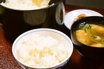 ご朝食☆ 蛍が飛ぶ田んぼで創ったはえぬき米