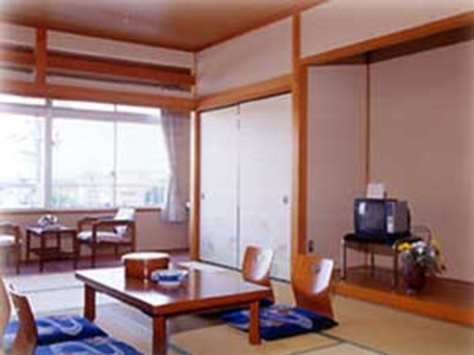 客室12畳タイプ一例