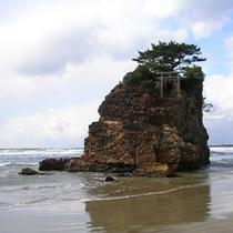 【稲佐の浜】当ホテルから車で約25分