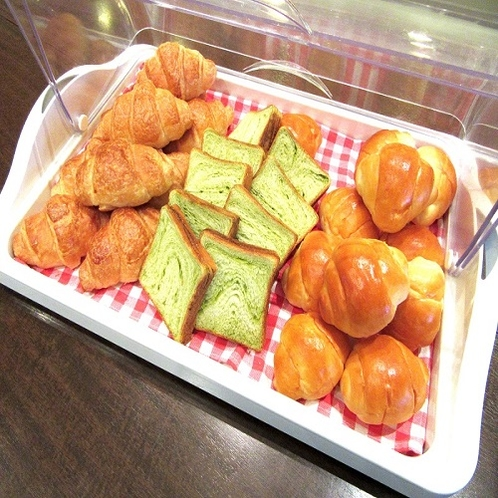 【ご朝食】バイキング■3種類のパン食べ放題!