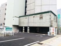 屋外駐車場(表側)