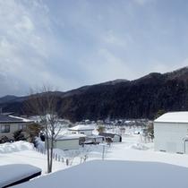 *【客室からの眺め】冬は一面の雪景色!