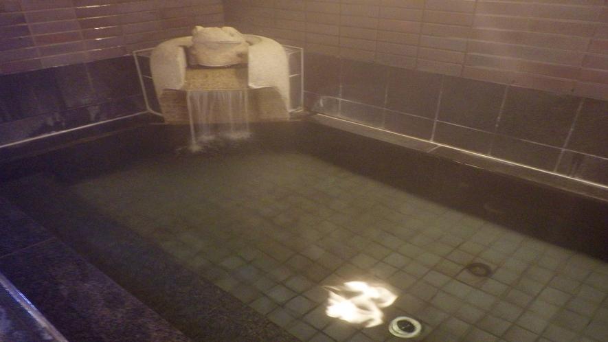 *【大浴場】天然温泉にのんびりつかって、疲れを癒そう♪