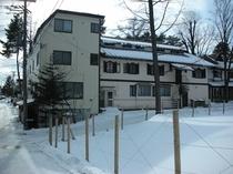 雪の中 ホテル ベルツ通りからの写真