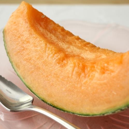 夕食-季節のフルーツ