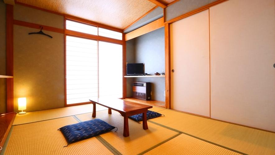 和室のお部屋です。全室トイレ付きのお部屋となります。