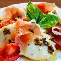 ☆料理_夕食_尾瀬豆腐とフレッシュトマトの洋風サラダ
