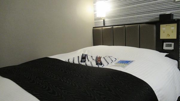 【禁煙室】ダブル    ベッド幅140cm!Wi-Fi無料♪