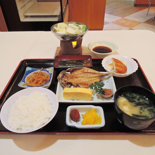 【朝食一例】ご当地さつま揚げなど身体にやさしい和朝食。