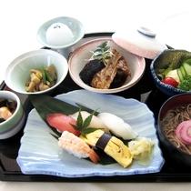寿司御膳【煮魚付】(季節により内容がかわります)