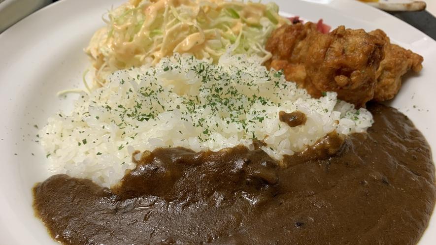 【夕食定食】上田カリー定食 からあげ付き