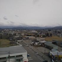 客室から:立山連峰~毛勝山を望みます