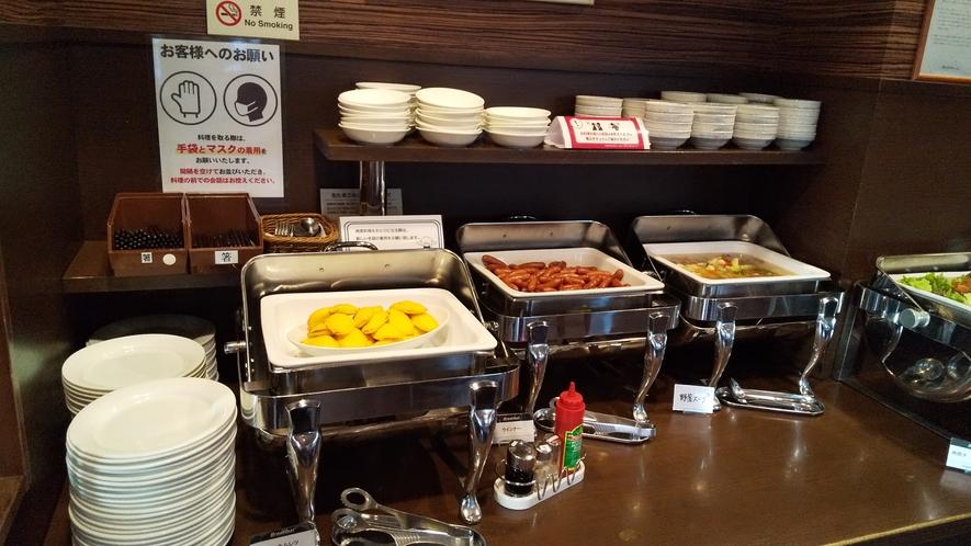 レストラン:朝食バイキングのメニューです。