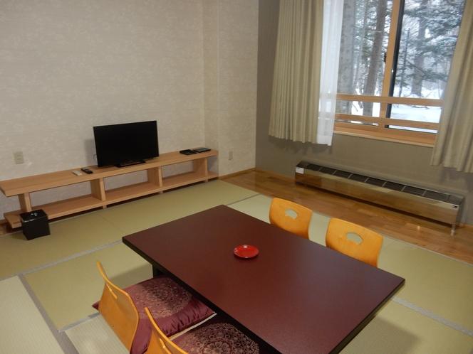 湯恵山荘和室