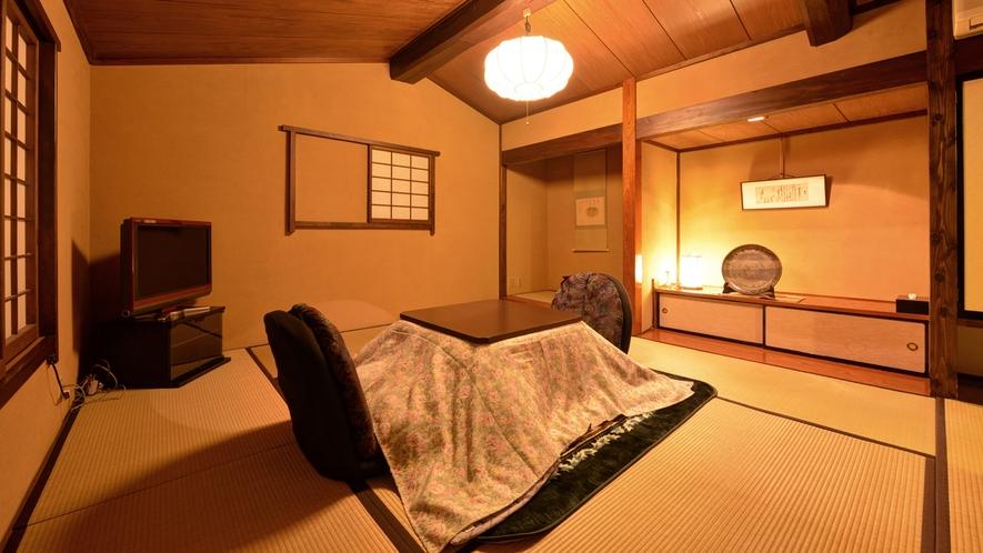 *壱の蔵/階段を上がった2階にも和室をご用意しております。