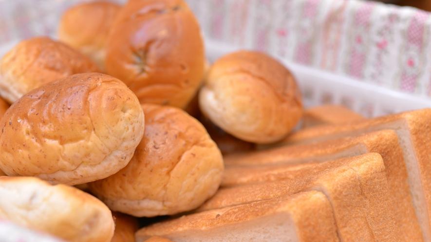 *朝食バイキング/手軽さが人気!美味しいパンにジャムをたっぷりつけて。