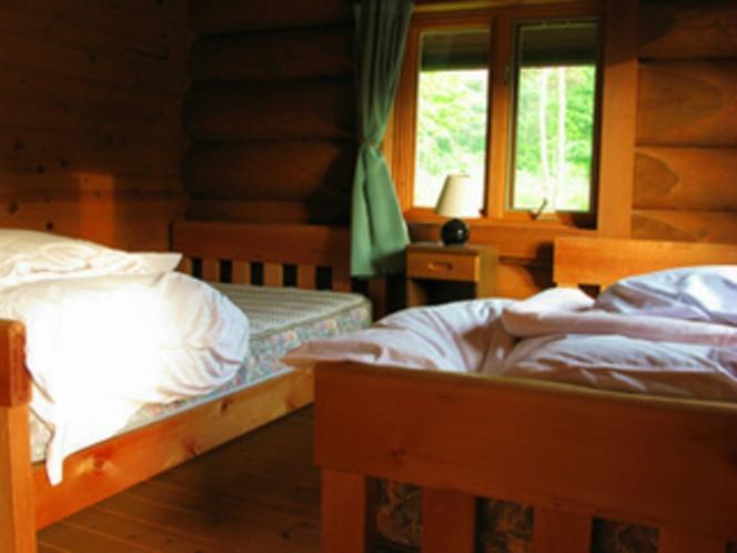 ログハウス寝室