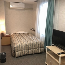 禁煙エコノミートリプル☆ベッド2台☆ご家族3名様で宿泊可能☆140cm幅ベッドと110cm幅ベッド
