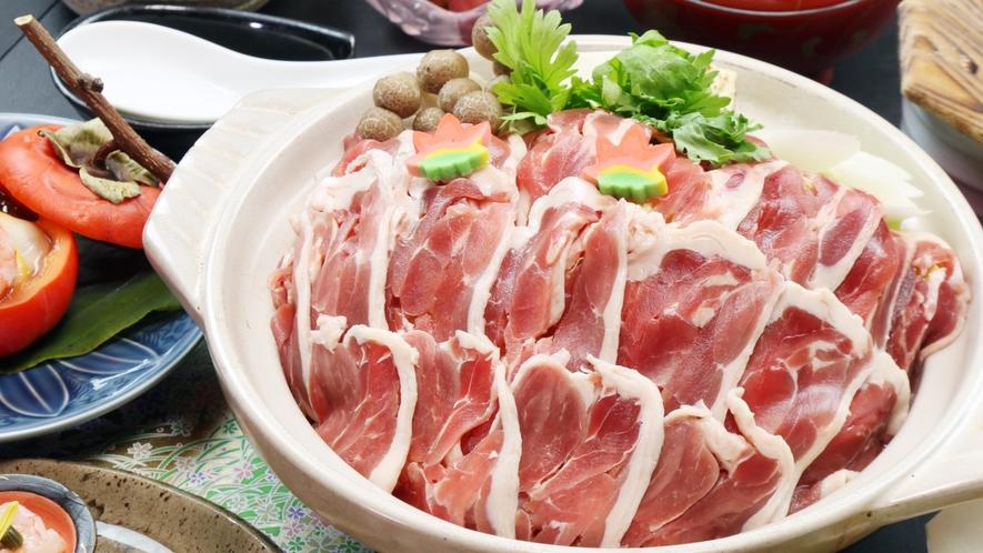◆当館自慢特製みそを使った、名物鴨のみそ鍋!〆の雑炊が大好評!
