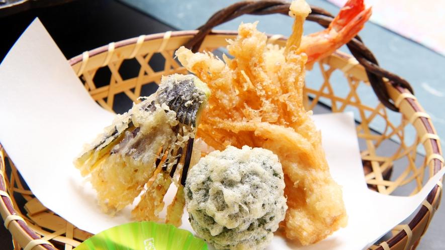 ◆夕食一例 さくっと揚がった天ぷらも絶品です!