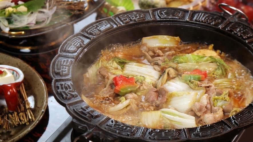 ◆鴨すき焼き★やわらかく濃厚な鴨肉の旨味が口の中に広がります♪