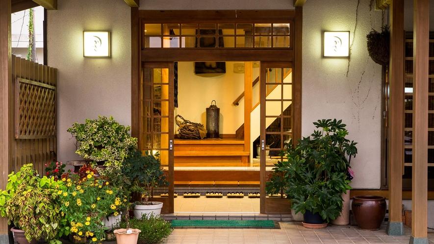 ・宿の玄関