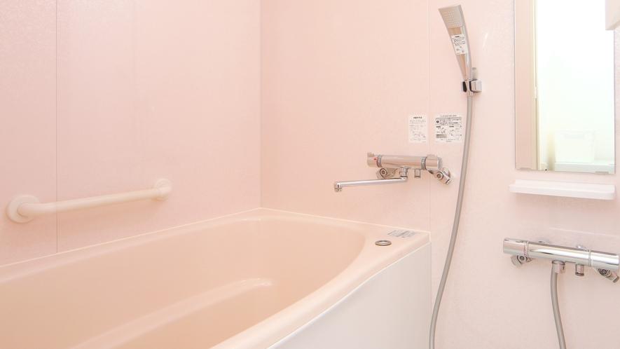 【客室】クローバー。お部屋のお風呂は24時間入浴可能♪