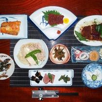 *【夕食全体例/スタンダード】趣向を凝らした逸品を丹精込めてお作りいたします。