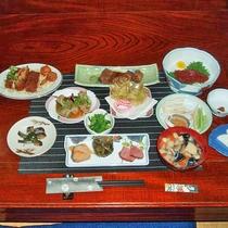 *【夕食全体例/郷土料理】1品1品、丁寧に仕上げた手作り料理はどれも絶品揃い!