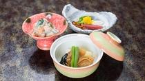 *ヘルシーな和食膳/季節のイナカ素材を使用しております
