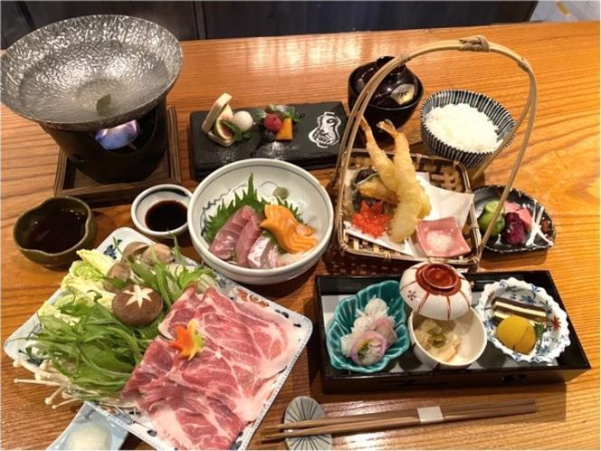 京もち豚のしゃぶしゃぶや天ぷらを贅沢に詰め込んだ『なごみコース』