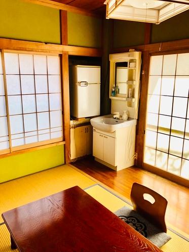 和室12畳【この部屋のみ冷蔵庫・洗面所あり】