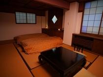 【禁煙】【5階】2人のリニューアル浪漫客室【トイレ付】