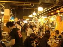 ひろめ市場(徒歩5分)