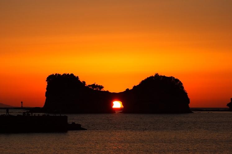 円月島(車7分)
