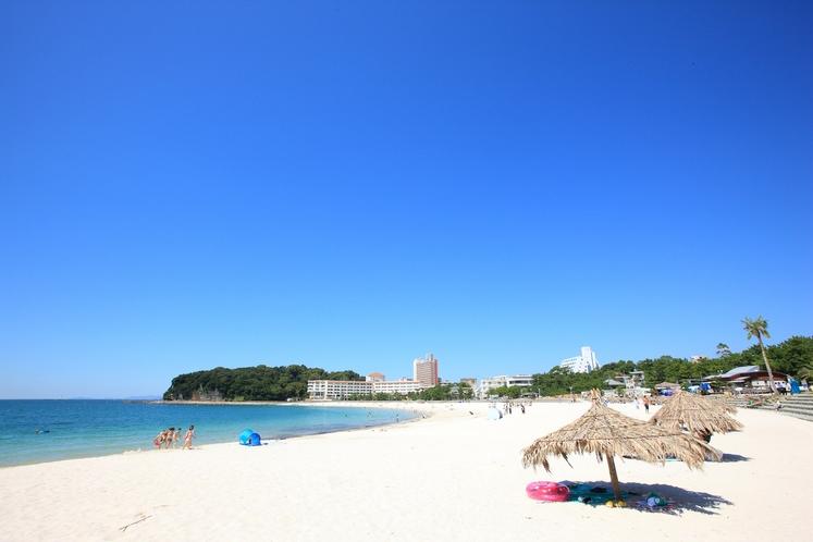 白良浜(しららはま)(徒歩4分)