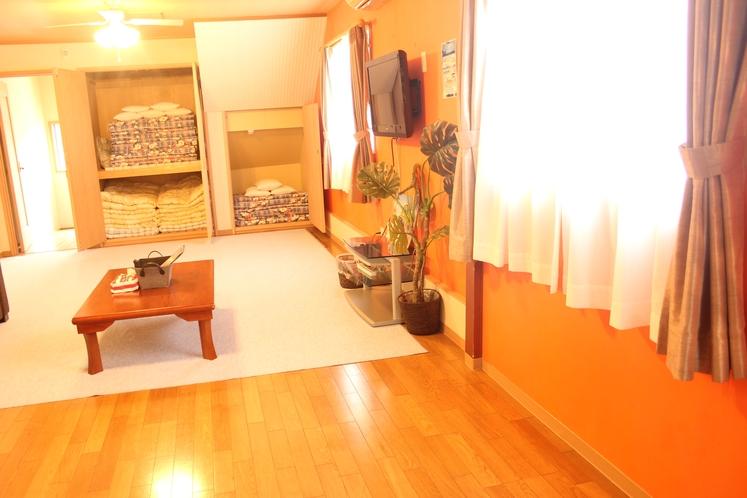 【定員8名部屋(102)】洋室