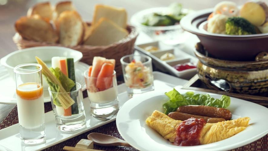 """【ご朝食-洋食】和洋どちらか""""お好みのご朝食""""をお選びいただけます。"""