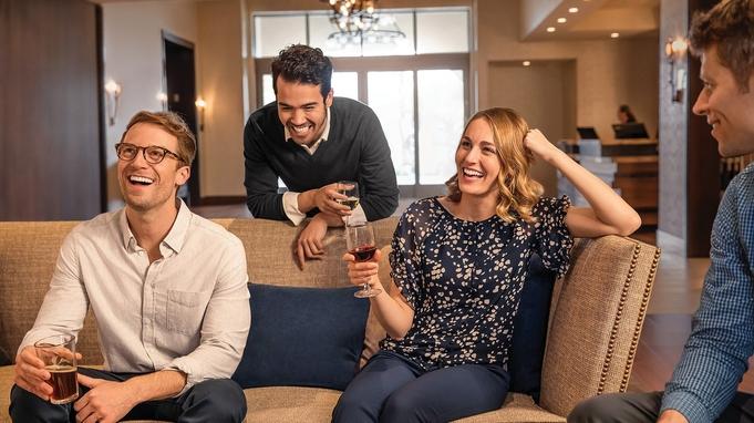 【お部屋で楽しもう!】全室4Kテレビ付き〜ホテル特製オードブル・ドリンク込々プラン〜<朝食付>